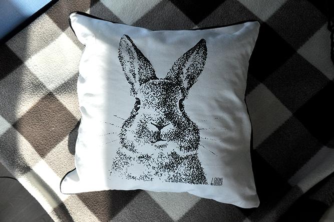 """Cushion """"Hare"""" (1) - 1"""